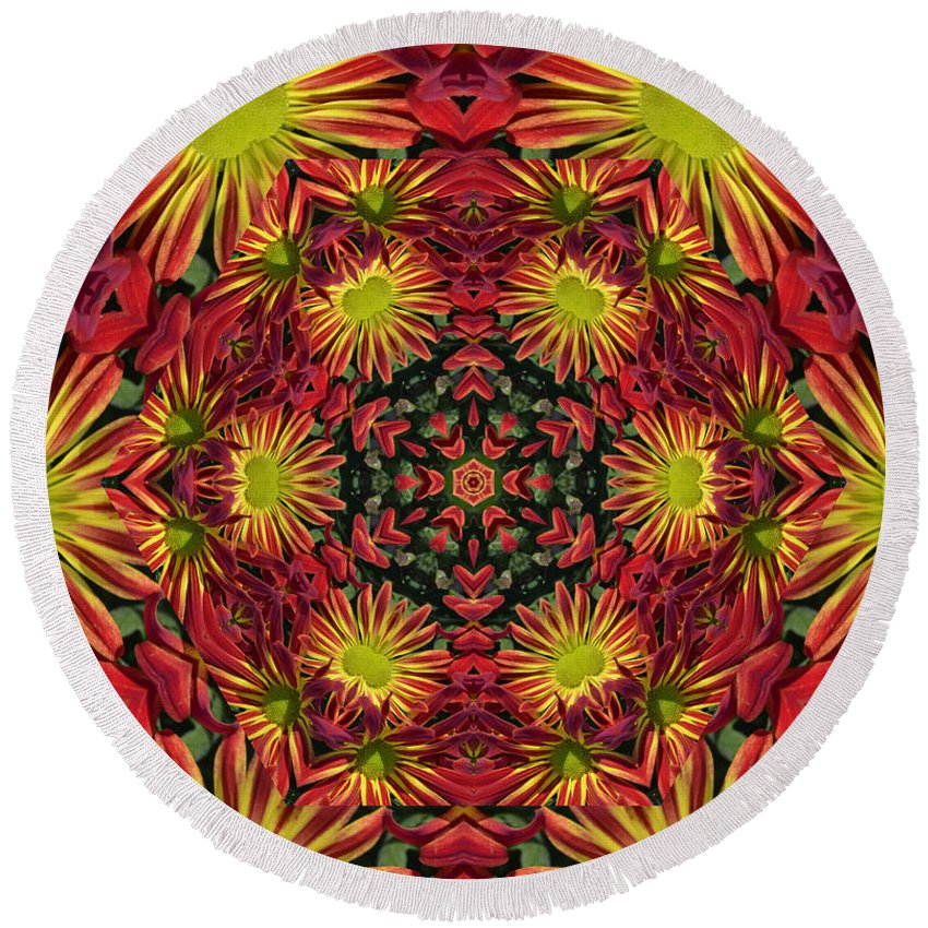 Kaleidoscope Round Beach Towel featuring the photograph Roomum by Judy Wolinsky