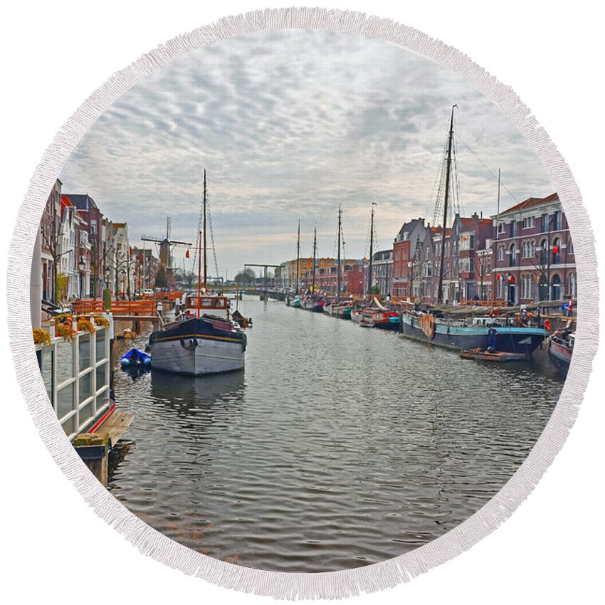 Travel Round Beach Towel featuring the photograph Rotterdam Canal by Elvis Vaughn