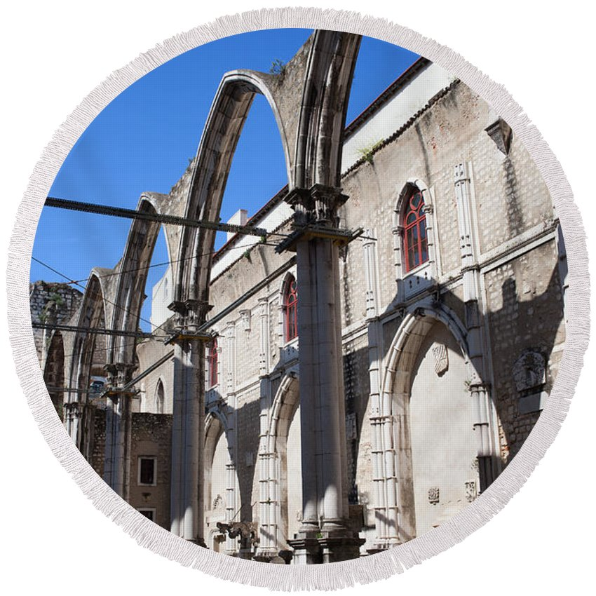 Lisbon Round Beach Towel featuring the photograph Ruins Of Carmo Convent In Lisbon by Artur Bogacki