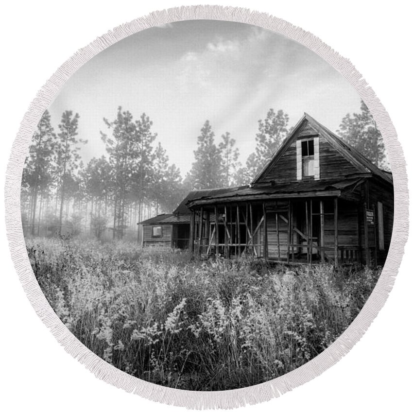 Florida Round Beach Towel featuring the photograph Rustic Historic Woodlea House - Black And White by Steven Hlavac