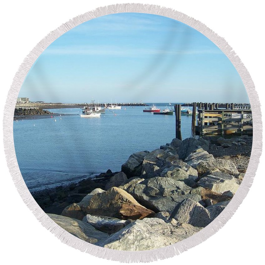 Rye Nh Round Beach Towel featuring the photograph Rye Harbor by Eunice Miller