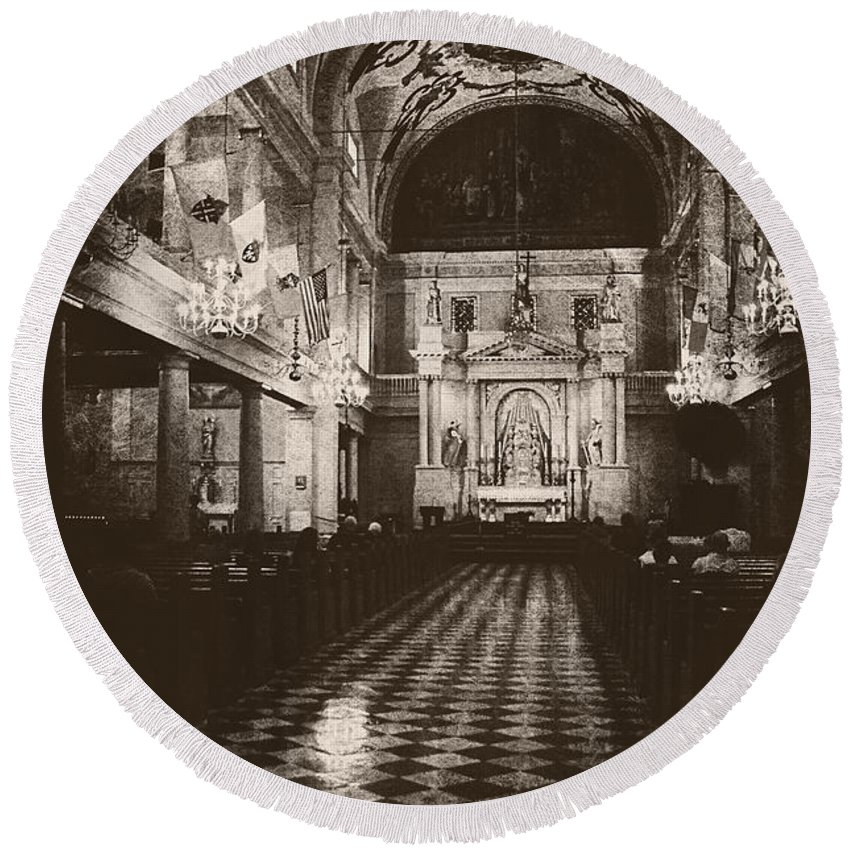 Church Round Beach Towel featuring the photograph Saint Louis Cathedral New Orleans Black And White by Kathleen K Parker