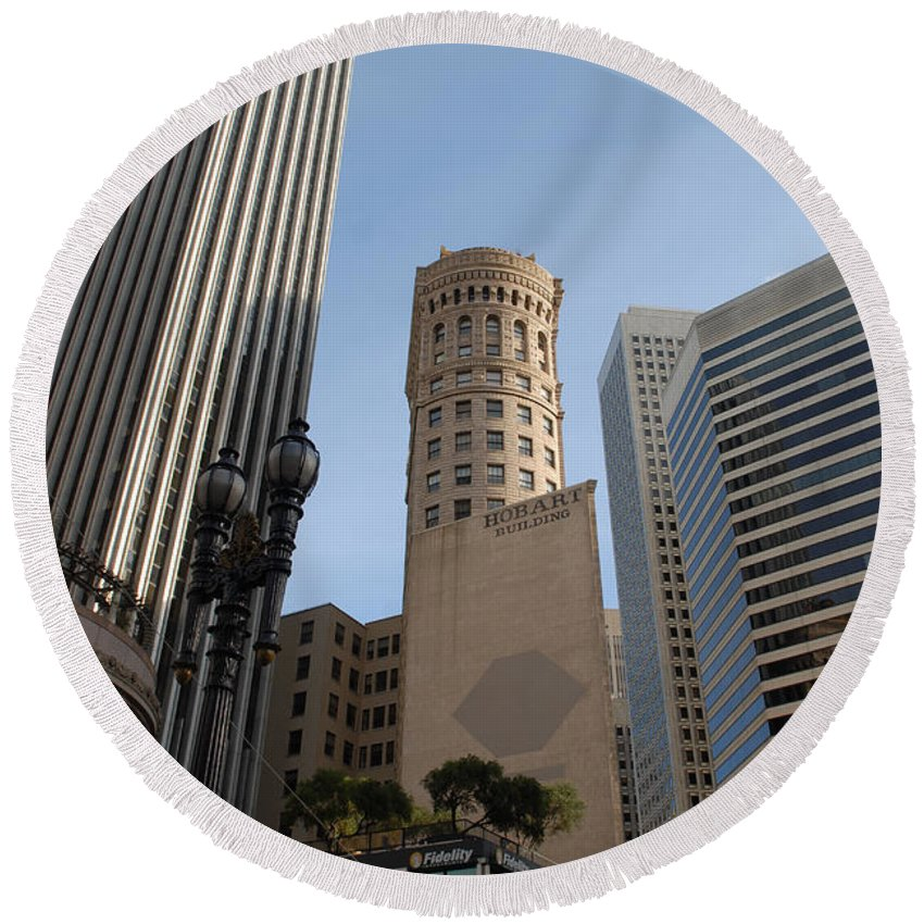 San Francisco Round Beach Towel featuring the photograph San Francisco Skysrappers by Debra Wales