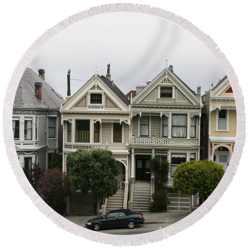 San Francisco Round Beach Towel featuring the photograph San Francisco - The Painted Ladies by Christiane Schulze Art And Photography
