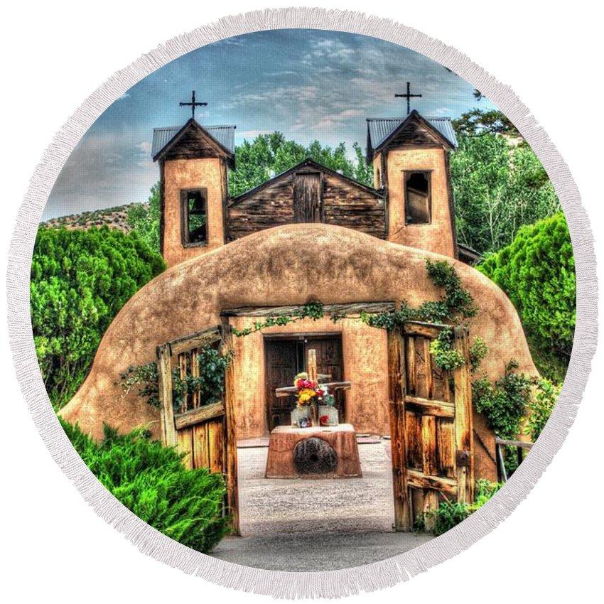 Santuario De Chimayo Round Beach Towel featuring the photograph Santuario De Chimayo by Lanita Williams