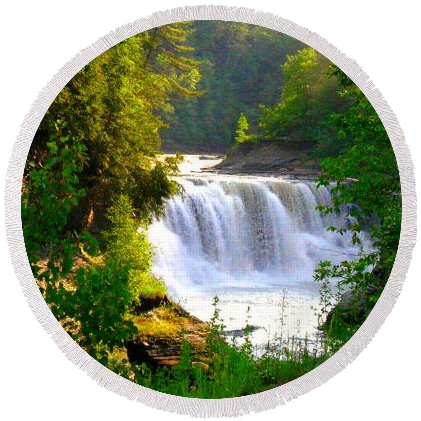 Falls Round Beach Towel featuring the photograph Scenic Falls by Rhonda Barrett