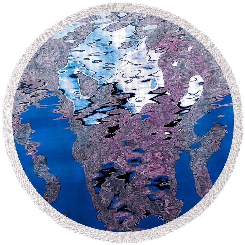 Reflection Round Beach Towel featuring the photograph Screaming Reflection by Robert Woodward