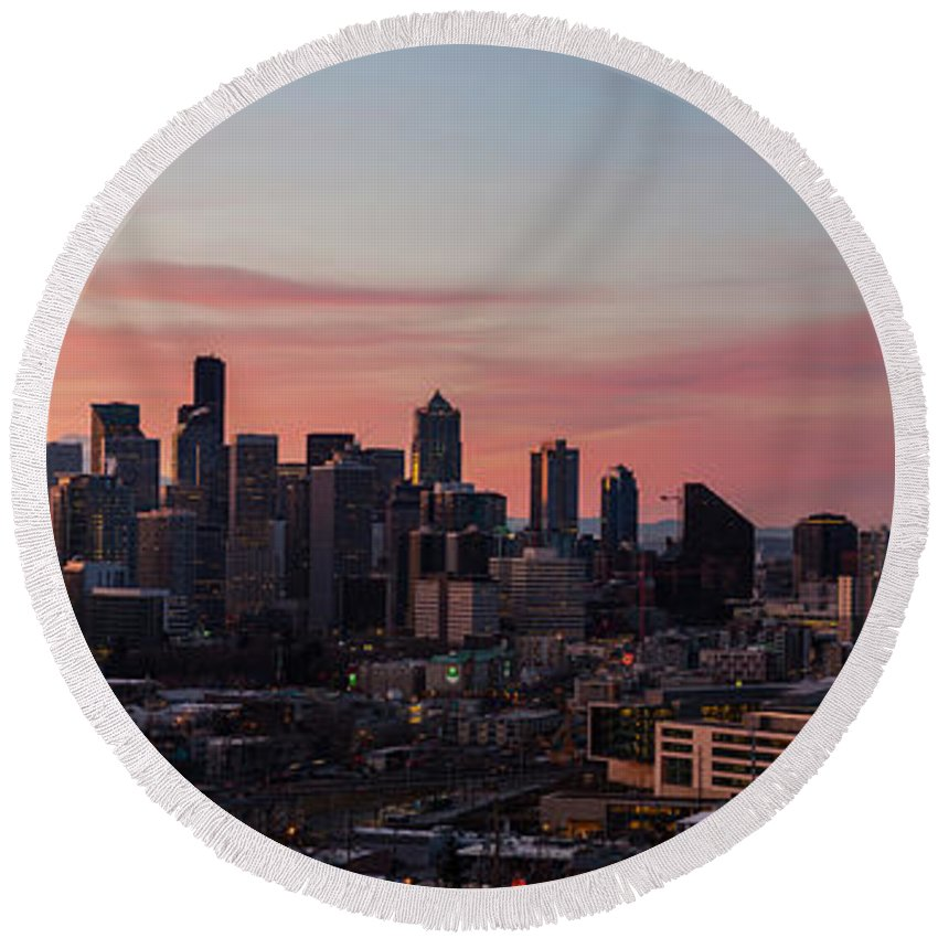 Seattle Round Beach Towel featuring the photograph Seattle Cityscape Sunrise by Mike Reid