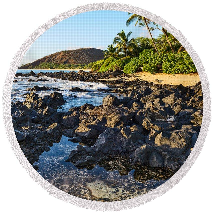 Secret Beach Round Beach Towel featuring the photograph Secluded Beach by Jamie Pham