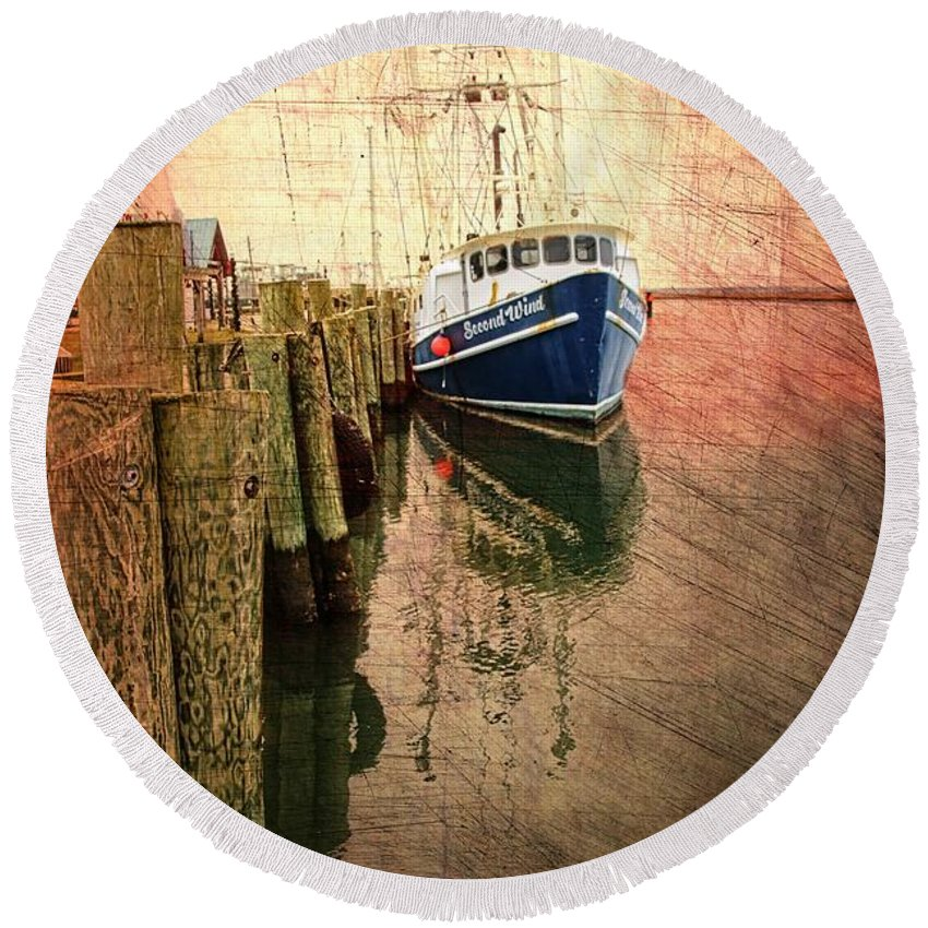 Boat Round Beach Towel featuring the photograph Second Wind by Alice Gipson