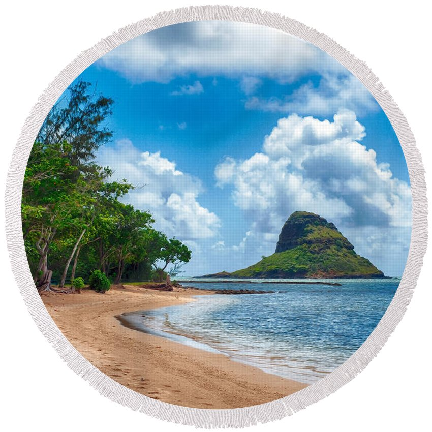 Hawaii Round Beach Towel featuring the photograph Secret Island Beach And Chinaman's Hat by Dan McManus