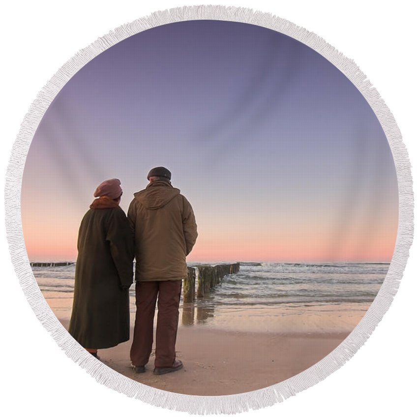 Abstract Round Beach Towel featuring the photograph Seniors' Love And Ocean by Michal Bednarek