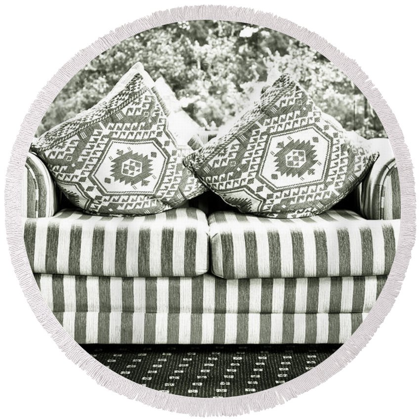 Black And White Round Beach Towel featuring the photograph Settee by Tom Gowanlock
