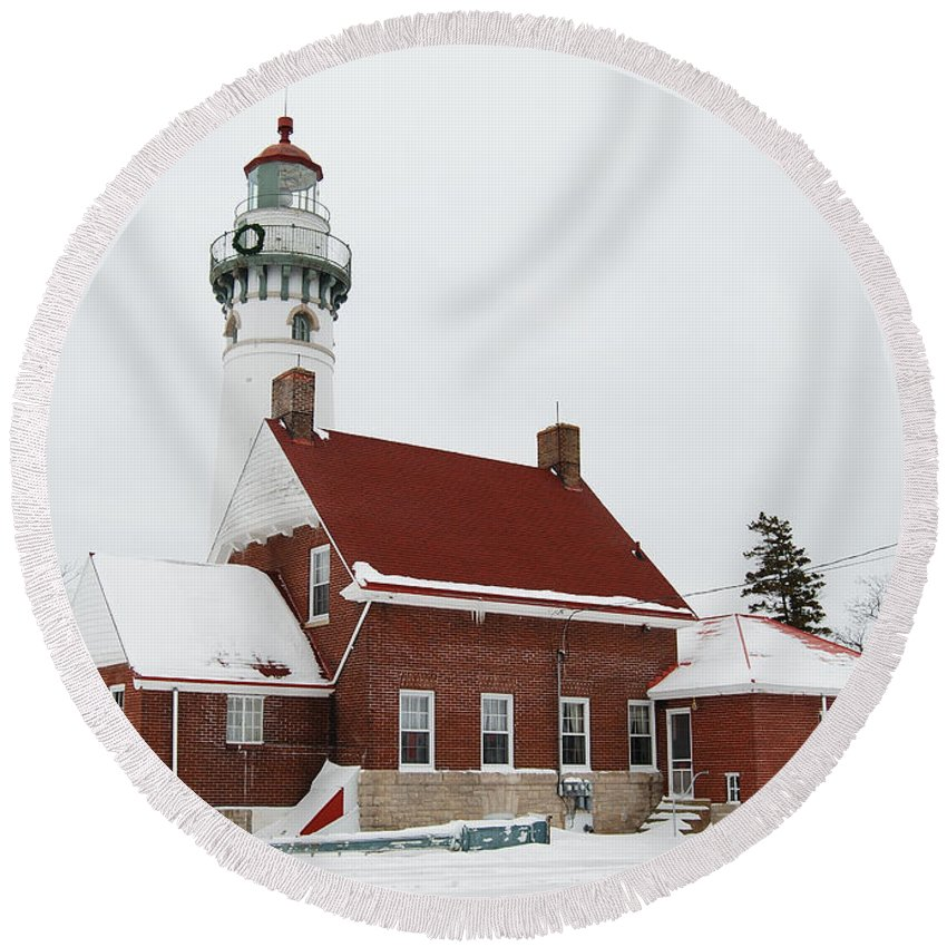 Lighthouse Round Beach Towel featuring the photograph Seul Choix Point Lighthouse by Michael Peychich