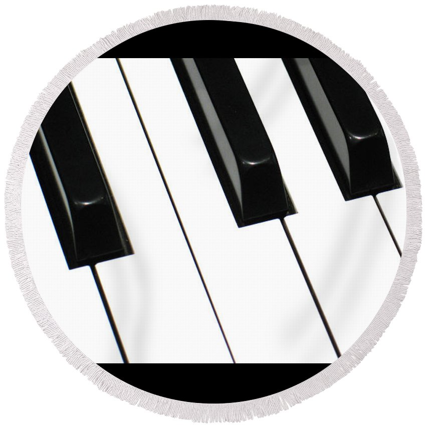 Piano Round Beach Towel featuring the photograph Sharps And Flats by Ann Horn
