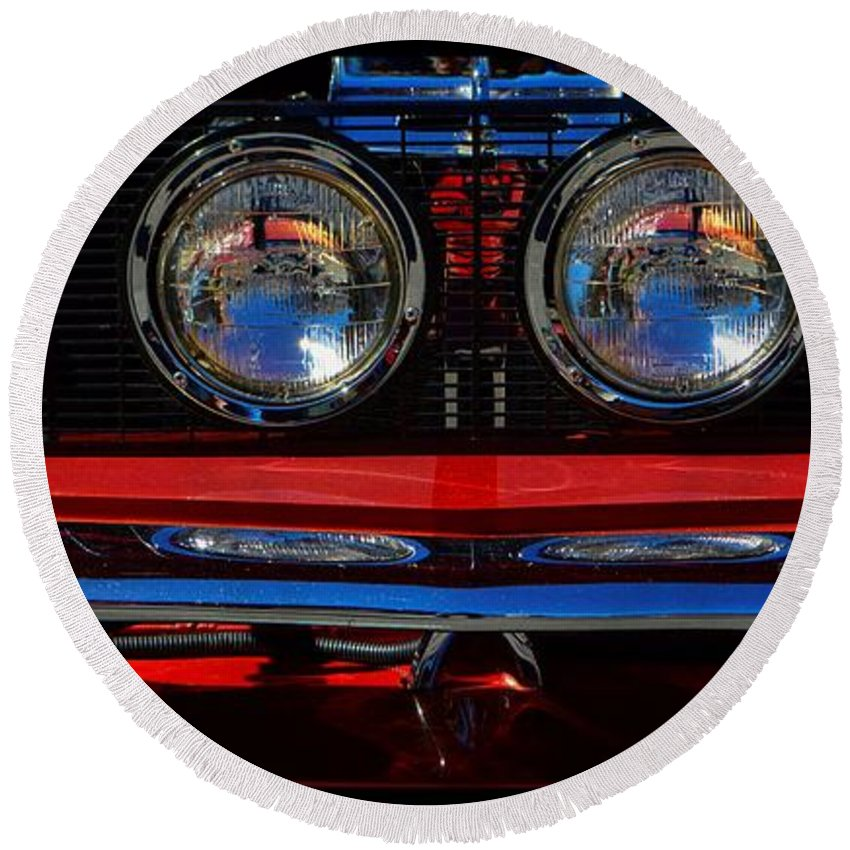 Ford Round Beach Towel featuring the photograph Shelby Gt 500 Mustang 2 by Tommy Anderson