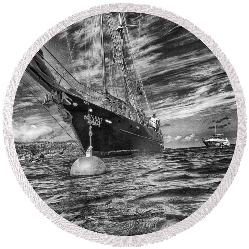 Seascape Photography Round Beach Towel featuring the photograph Silent Lady by Howard Salmon