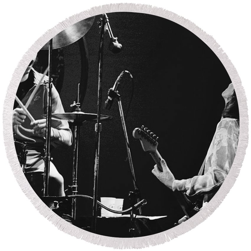 Simon Kirke Round Beach Towel featuring the photograph Simon And Mick Of Bad Company In 1977 by Ben Upham