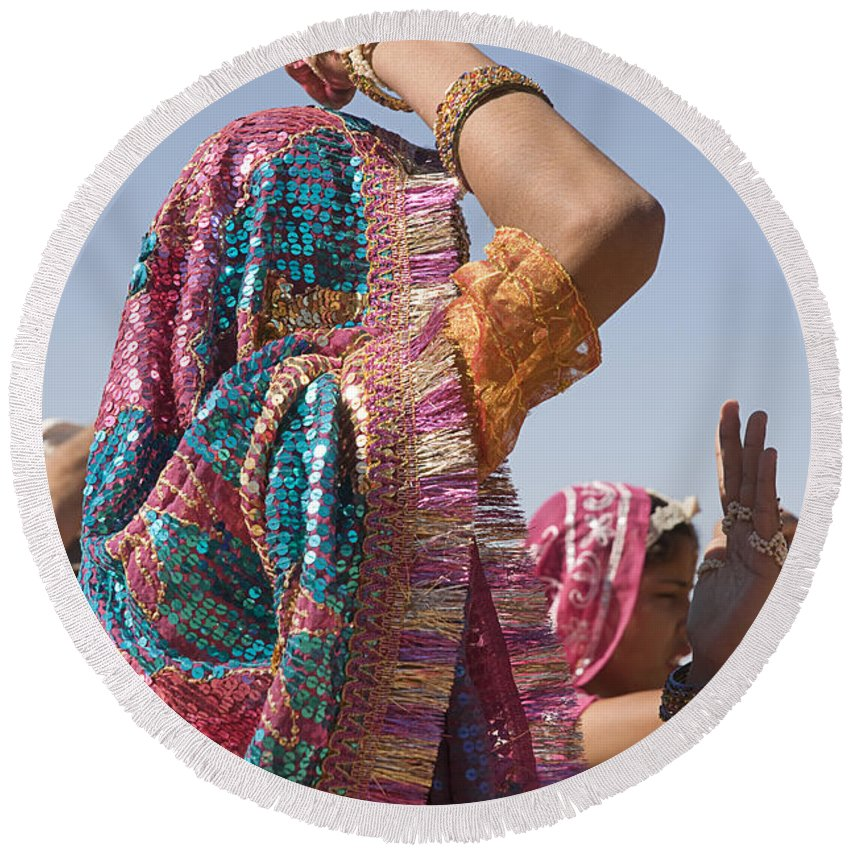 Dress Round Beach Towel featuring the photograph Skn 1544 Dressed To Dance by Sunil Kapadia