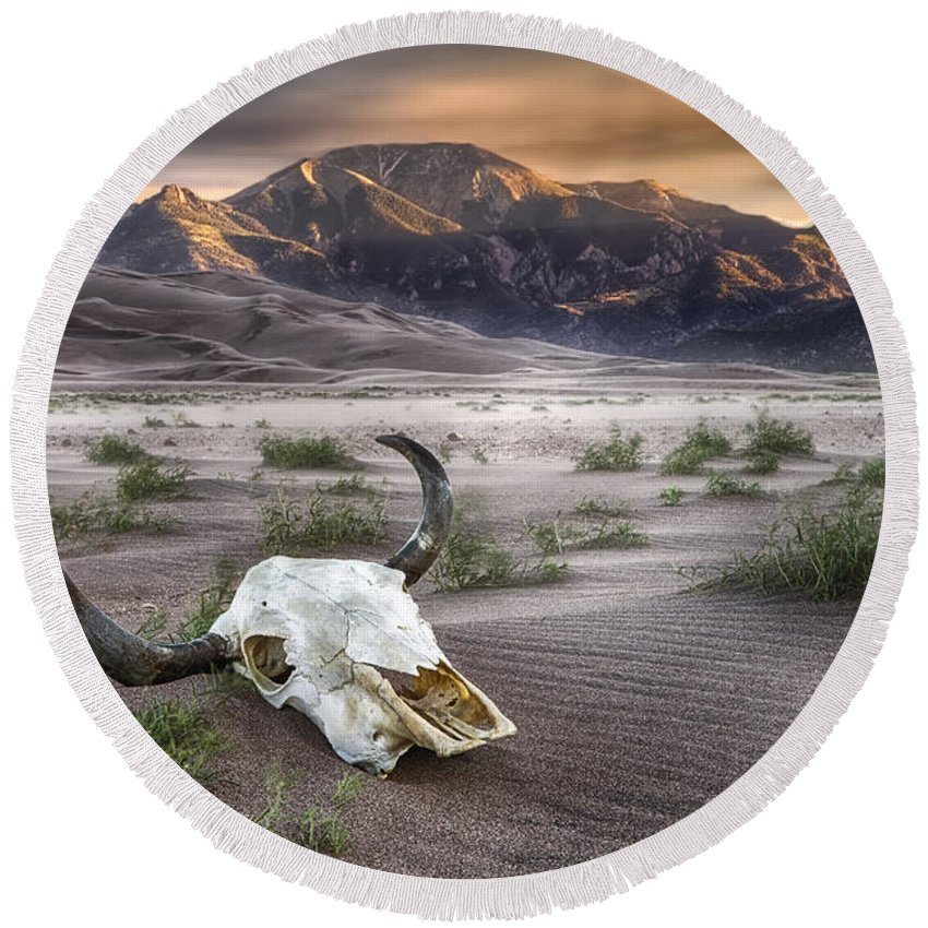 Great Sand Dunes National Park Round Beach Towel featuring the photograph Skull In The Desert by Jerry Fornarotto