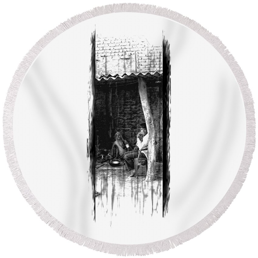 Slice Of Life Round Beach Towel featuring the photograph Slice Of Life Mud Oven Chulha Tandoor Indian Village Rajasthani 1d by Sue Jacobi