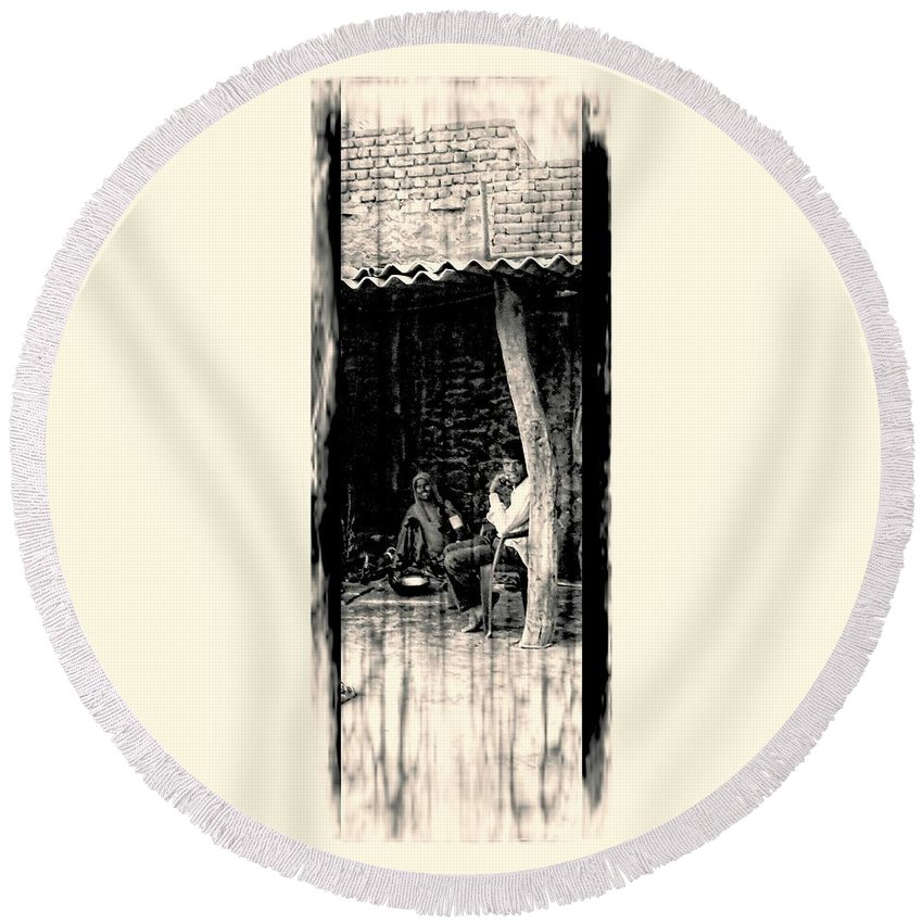 Slice Of Life Round Beach Towel featuring the photograph Slice Of Life Mud Oven Chulha Tandoor Indian Village Rajasthani 1e by Sue Jacobi