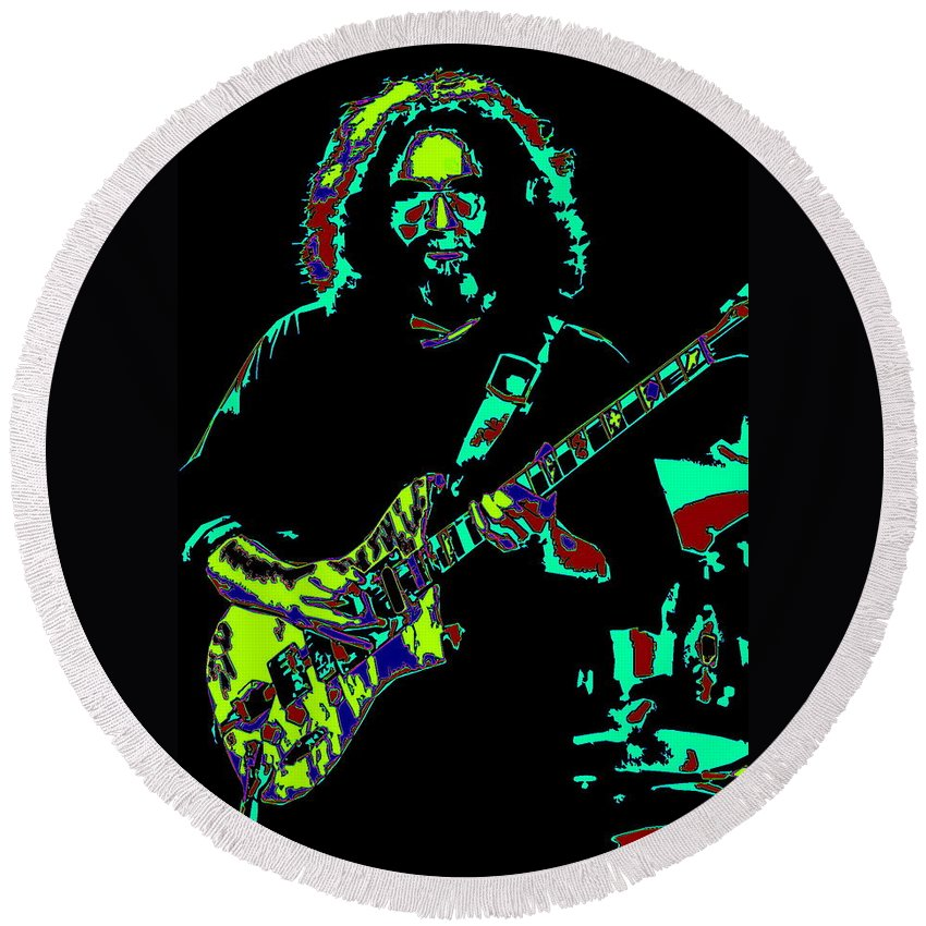 Jerry Garcia Round Beach Towel featuring the photograph Slipknot 2 by Ben Upham
