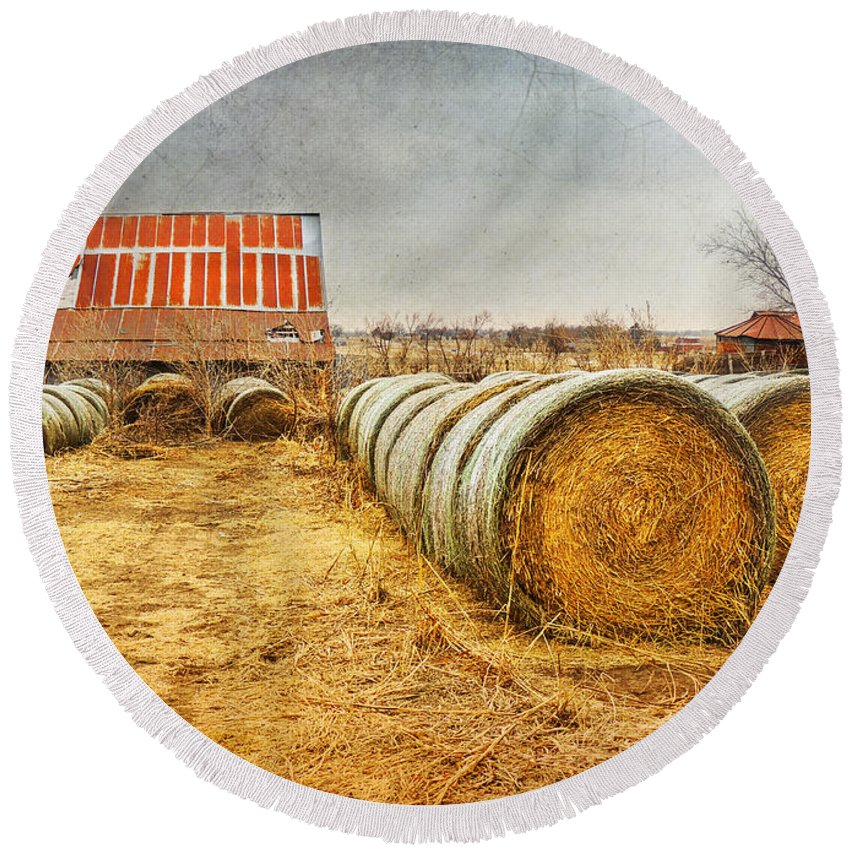 Barn Round Beach Towel featuring the photograph Slumbering In The Countryside by Betty LaRue