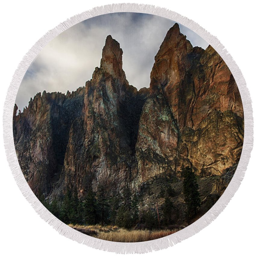 Smith Rock Round Beach Towel featuring the photograph Smith Rock State Park 3 by Robert Woodward