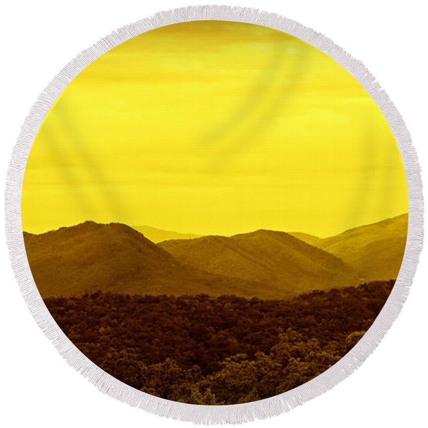 Great Smoky Mountains National Park Round Beach Towel featuring the photograph Smoky Mountain Glow by Stephen Stookey