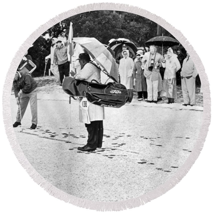 1950s Round Beach Towel featuring the photograph Snow At Pebble Beach. by Underwood Archives