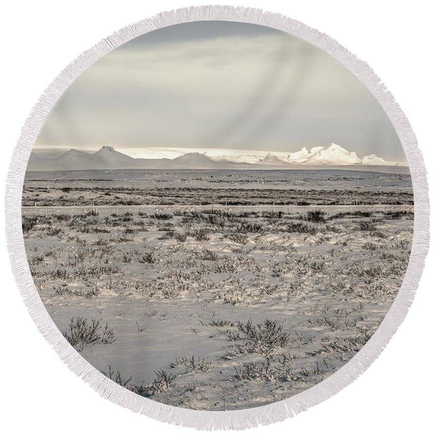 Arctic Round Beach Towel featuring the photograph Snowy Landscape by Maria Coulson