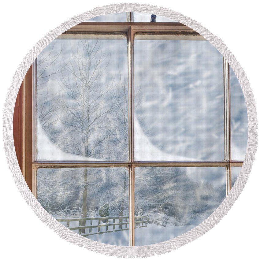 Old Round Beach Towel featuring the photograph Snowy Window by Amanda Elwell