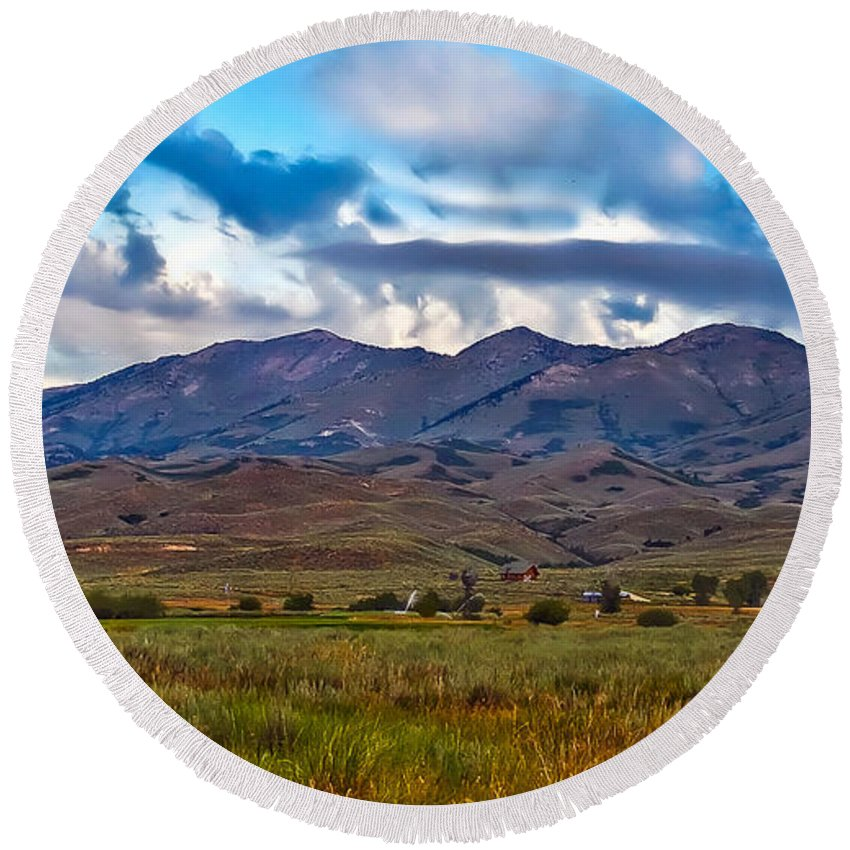 Solider Mountains Round Beach Towel featuring the photograph Solider Mountain Range by Robert Bales
