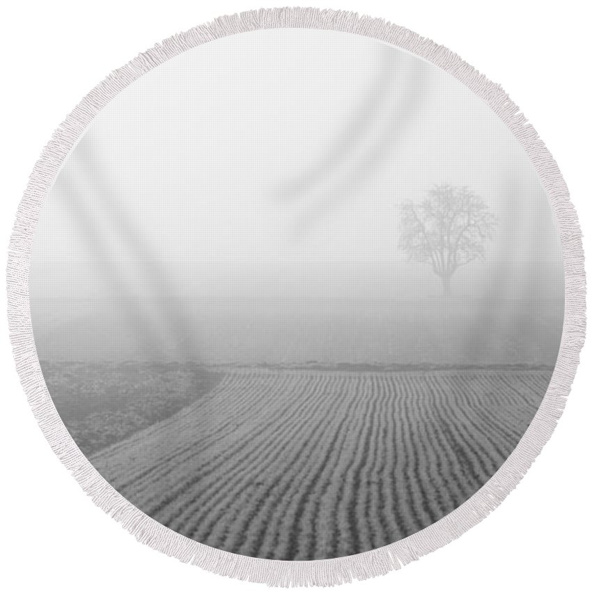 Solitary Round Beach Towel featuring the photograph Solitude by Miguel Winterpacht