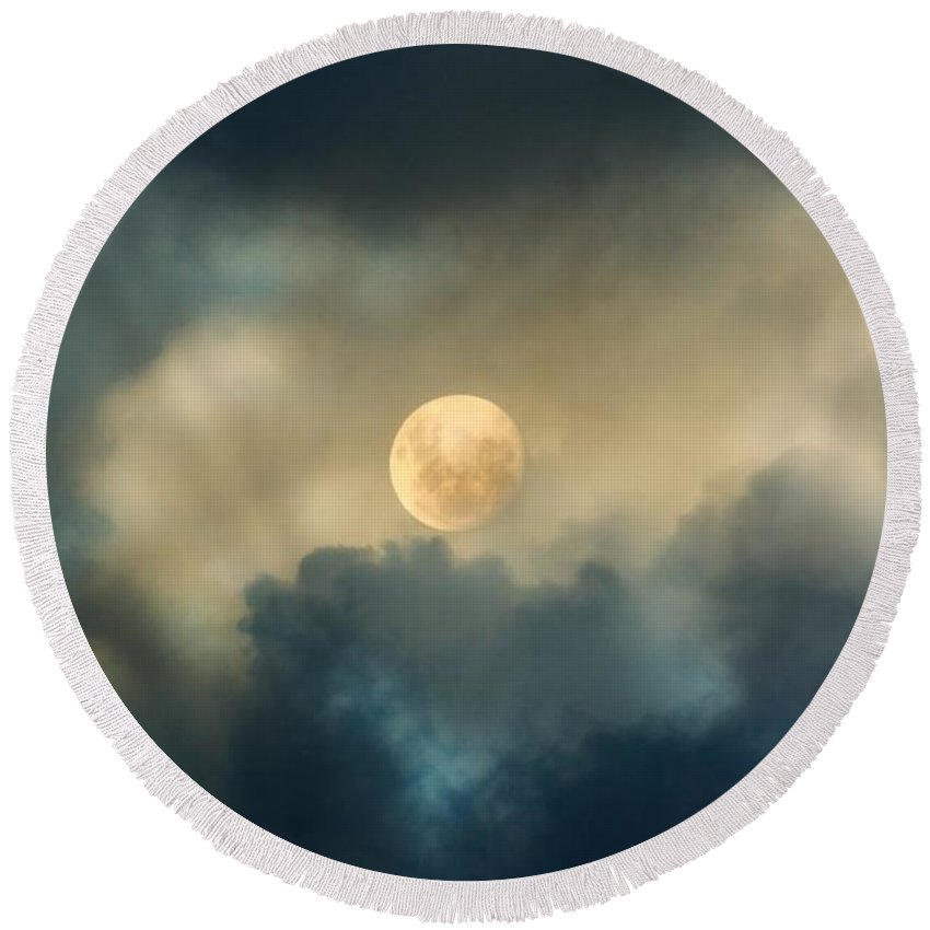 Moon Round Beach Towel featuring the photograph Song To The Moon by Georgiana Romanovna