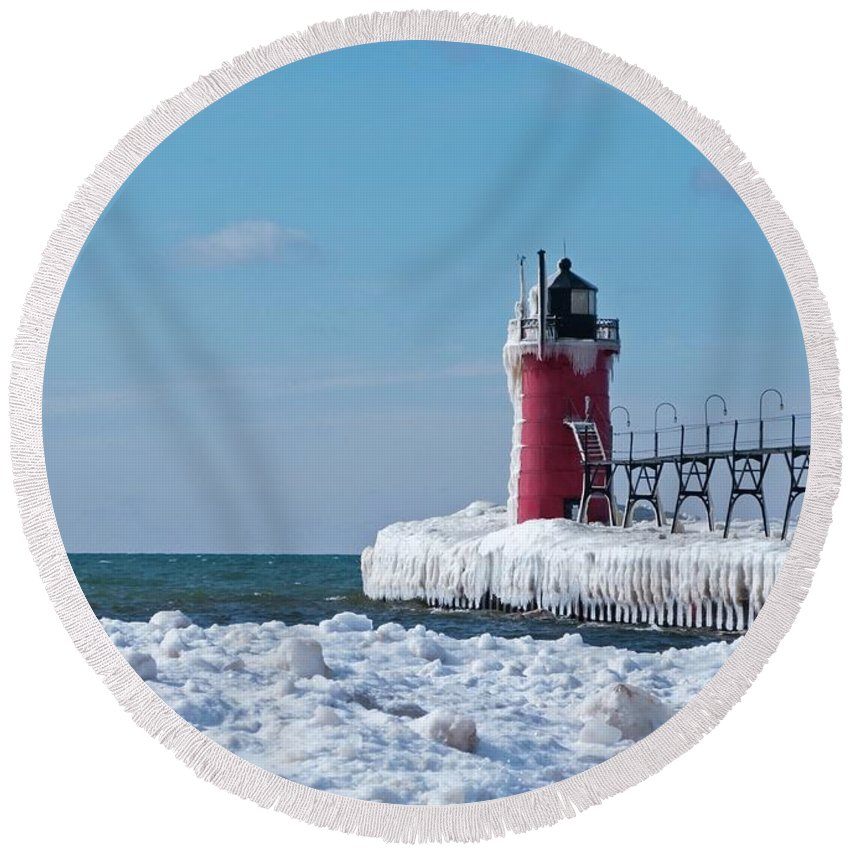 Lighthouse Round Beach Towel featuring the photograph South Haven Ice by Ann Horn