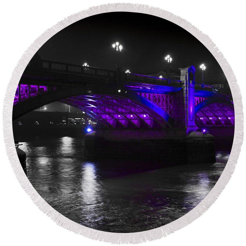 Southwark Round Beach Towel featuring the photograph Southwark Bridge London by David Pyatt