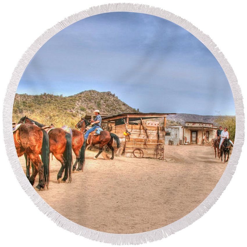 Desert Round Beach Towel featuring the photograph Southwest Ride by Tap On Photo