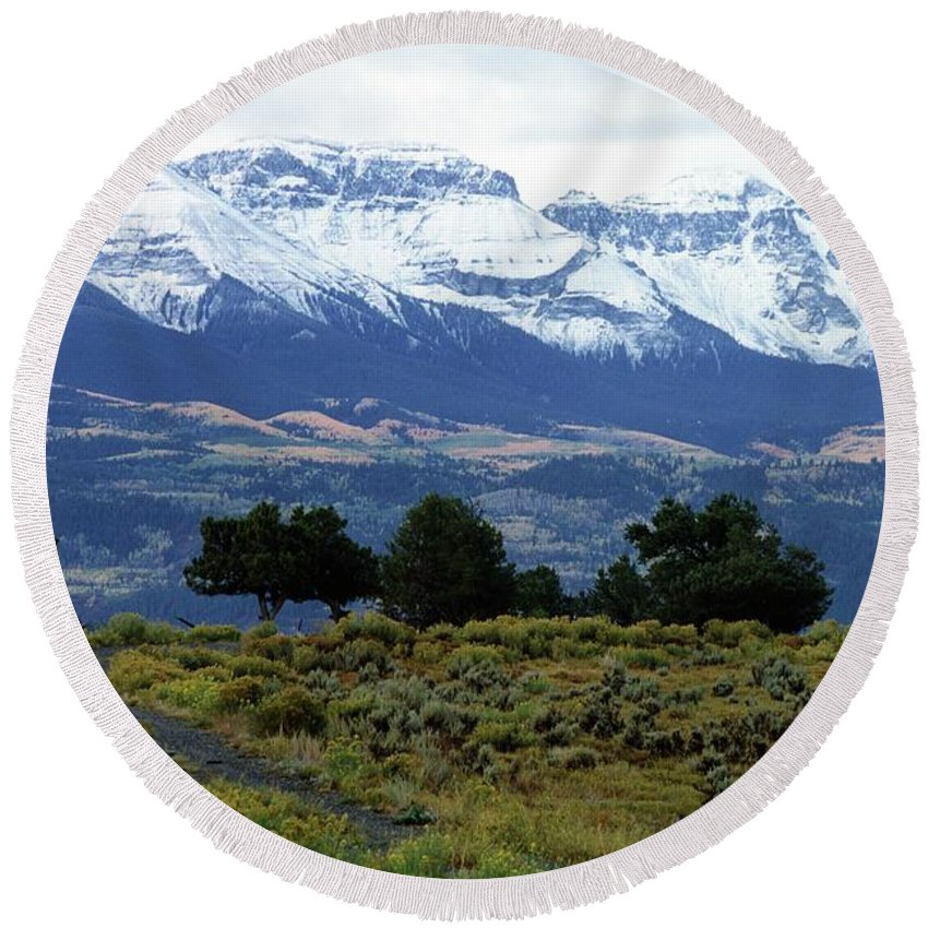 Colorado Round Beach Towel featuring the photograph Speaking In Silence by Eric Glaser
