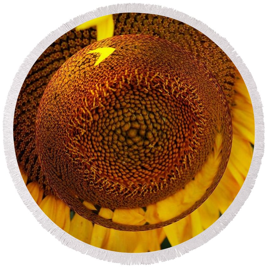 Sunflower Round Beach Towel featuring the photograph Spin It by Kathleen Struckle
