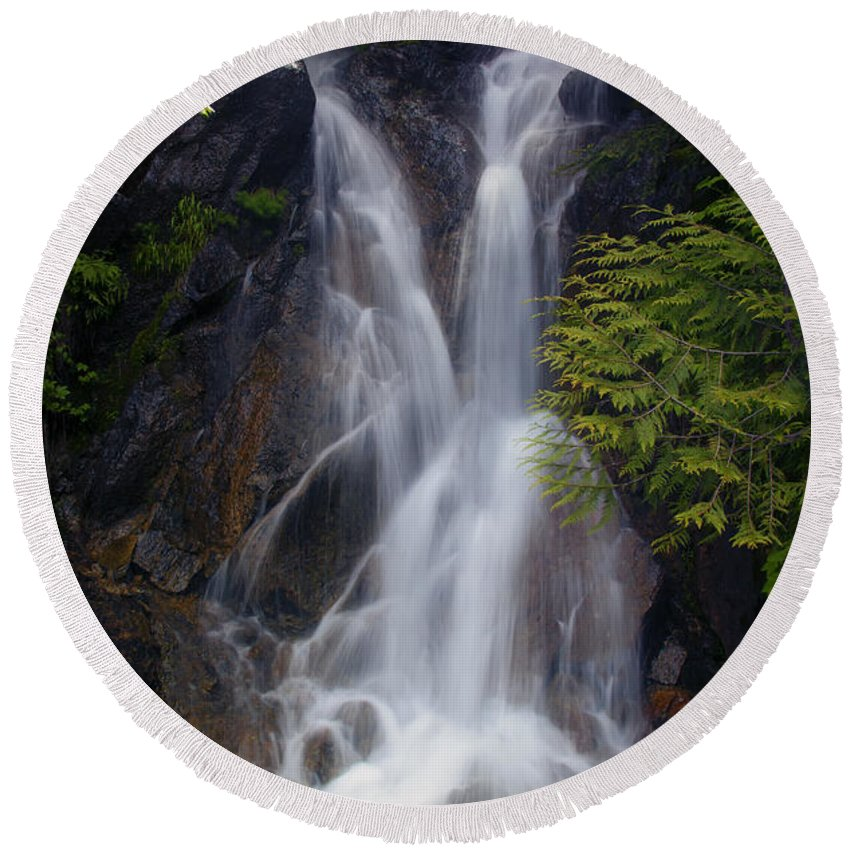 Waterfall Round Beach Towel featuring the photograph Split Top Falls by Mike Dawson