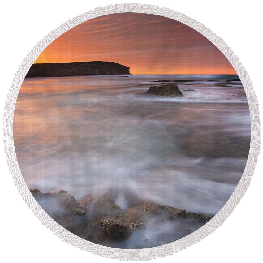 Sunrise Round Beach Towel featuring the photograph Splitting The Tides by Mike Dawson