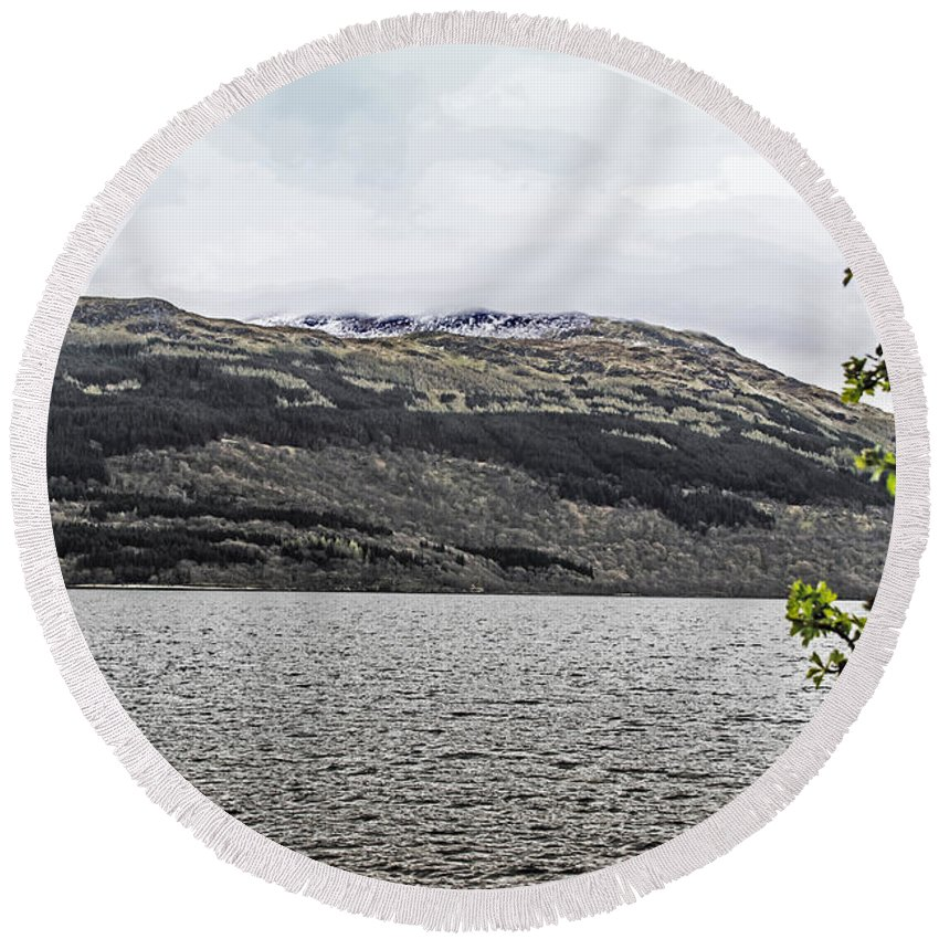 Travel Round Beach Towel featuring the photograph Spring Snow In The Highlands by Elvis Vaughn