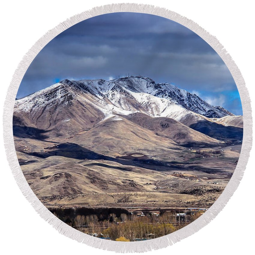 Gem County Round Beach Towel featuring the photograph Squaw Butte by Robert Bales