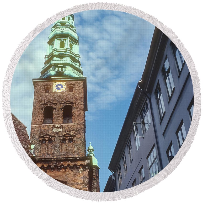 St. Nikolai Church Tower Churches Clock Towers Building Buildings Structure Structures Architecture Place Places Of Worship Copenhagen Denmark Round Beach Towel featuring the photograph St. Nikolai Church Tower by Bob Phillips