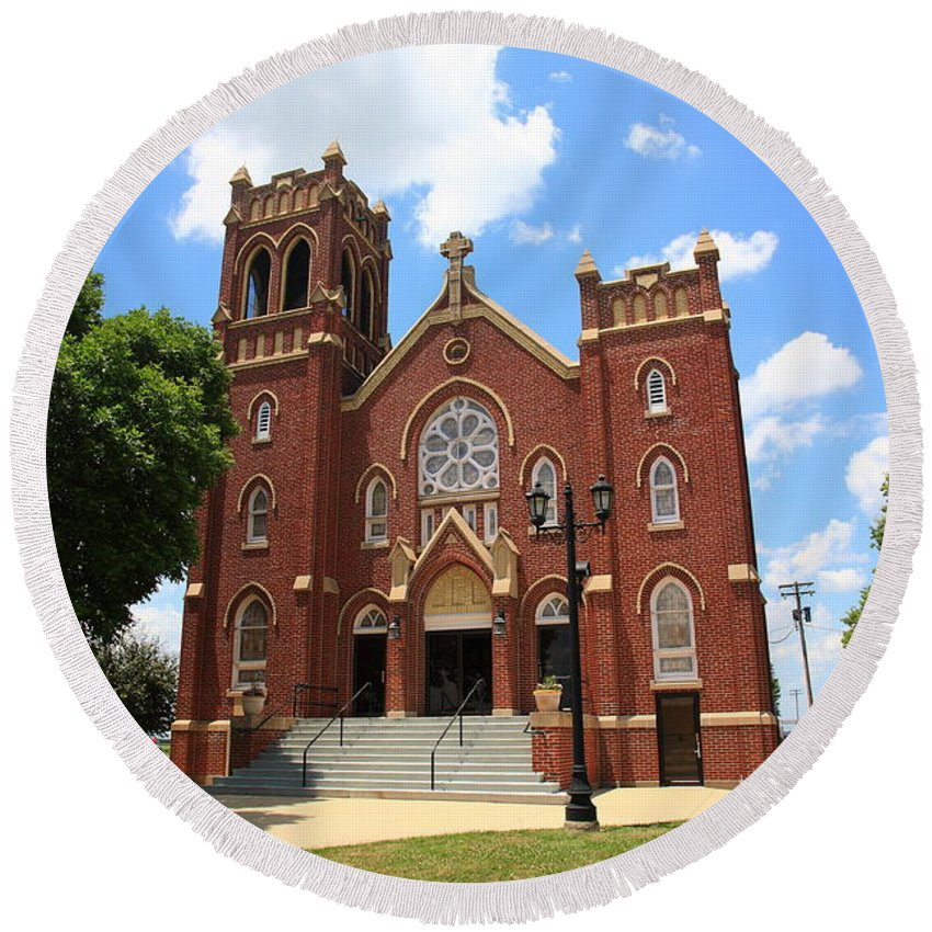 66 Round Beach Towel featuring the photograph Hamel Illinois - St. Paul's by Frank Romeo