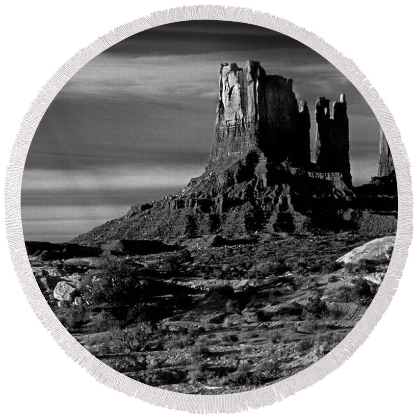 Stagecoach Rock Round Beach Towel featuring the photograph Stagecoach Rock Monument Valley by Dave Mills