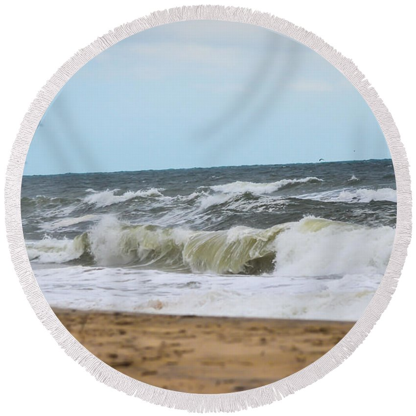 Beach Cottage Life Round Beach Towel featuring the photograph Stand By Me by Mary Hahn Ward