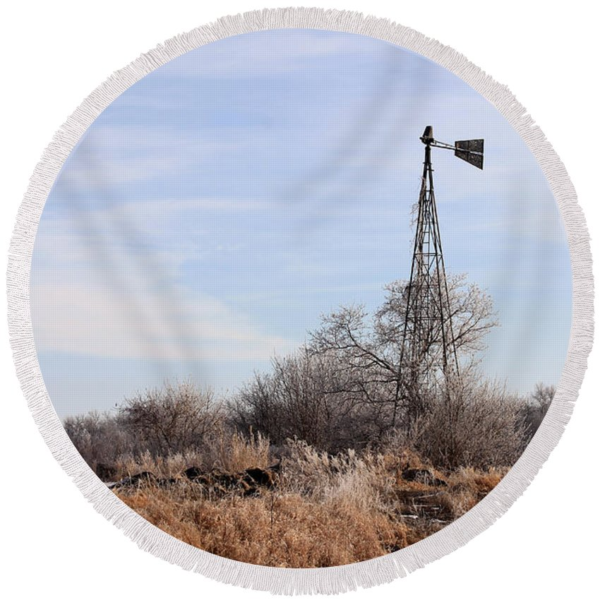 Windmill Round Beach Towel featuring the photograph Standing Alone by Lori Tordsen